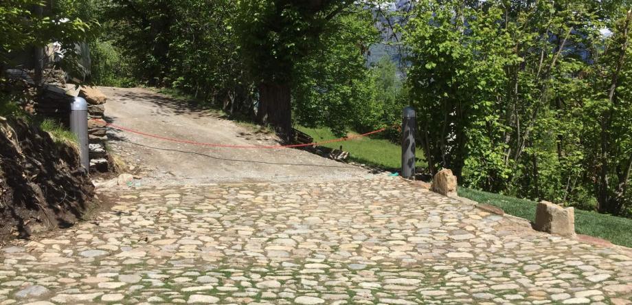 Nuova barriera a catena installata a Sacco: Immagine Elenchi